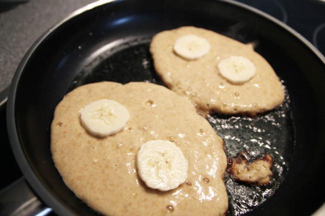 fanfarella-banana-pancakes-2