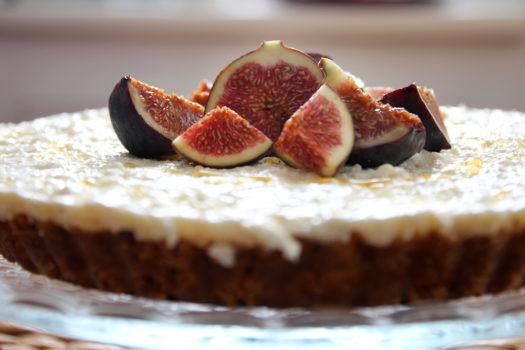 No-Bake Cheesecake mit Feigen und Honig