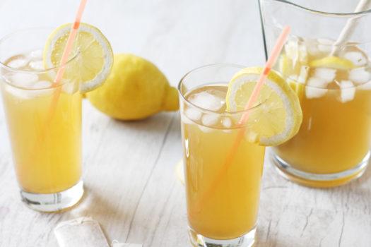 Sommer im Glas: Rezept für Ingwer-Grüntee-Limonade