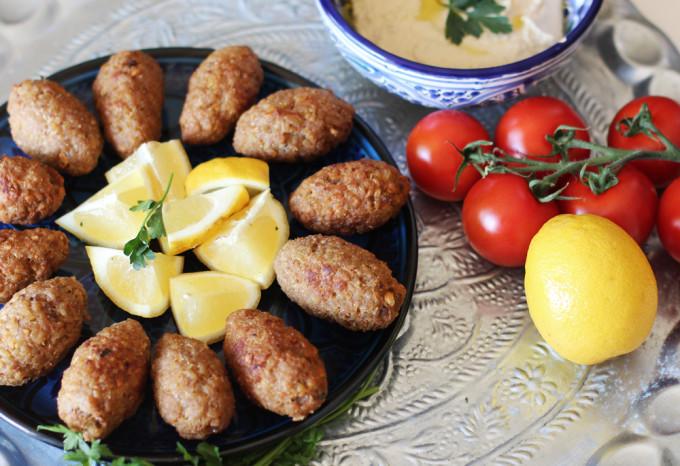 Rezept: Kibbeh, Kubbe und Köfte / www.fanfarella.at