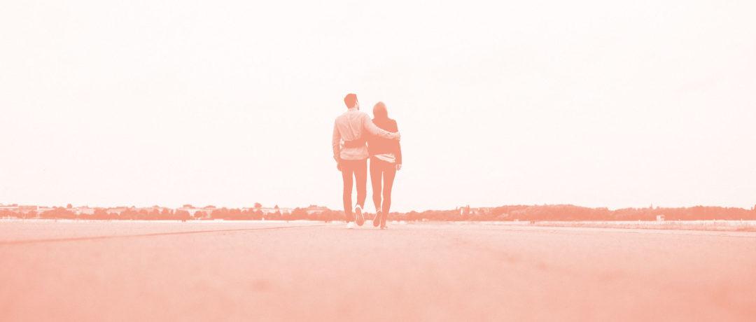 """Beziehungskiste: Kennt ihr das """"Wir-sind-das-glücklichere-Paar-als-ihr""""-Phänomen?"""